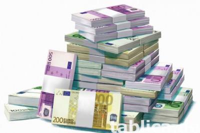 Oferuje pozyczki i inwestycje prywatne od 10.000 do 90.000.0