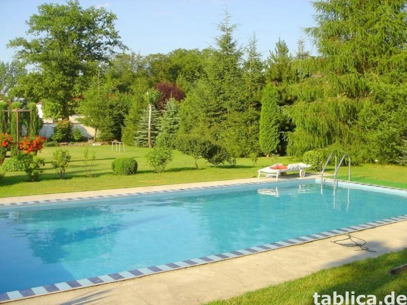 Sprzedam: Dom z basenem, ogrodem, zakładem, sklepem, barem 1