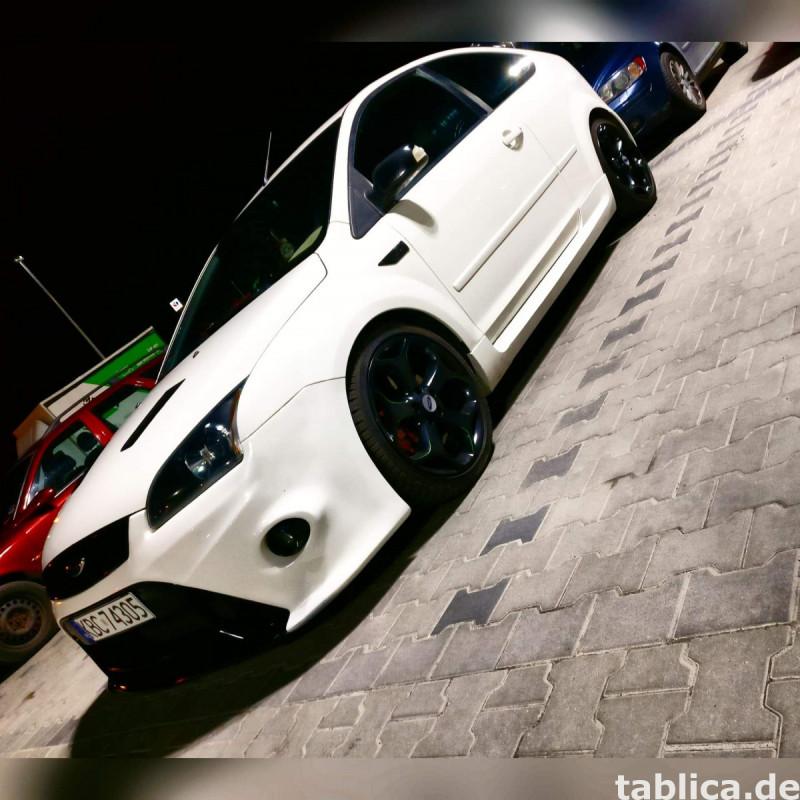 Ford Focus MK2 ST 2