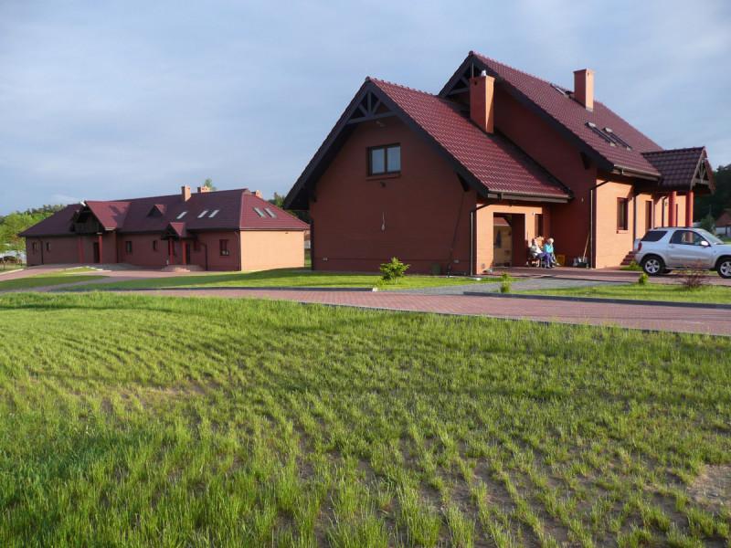 2 Ekskluzywne domy 1102m2 na działce 17000m2 tylko 500 EUR m 3